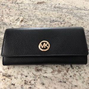 Michael Kors Fulton - Flap Continental Leather